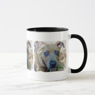 Shirleyテイラー著ピット・ブルのBrindle子犬 マグカップ