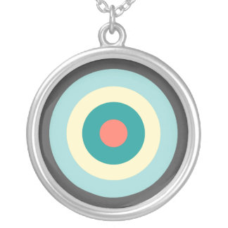 Shirleyテイラー著灰色の組合せの中心点 シルバープレートネックレス
