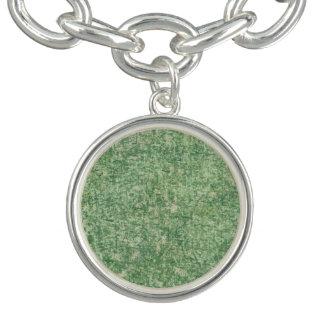 Shirleyテイラー著緑の織り目加工の背景 ブレスレット