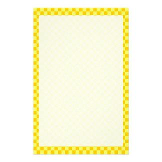 ShirleyTaylor著黄色い組合せのチェッカーボード 便箋