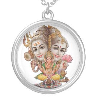 Shivaおよび家族のネックレス シルバープレートネックレス