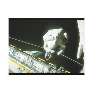 shuttle_Spaceの修理 キャンバスプリント