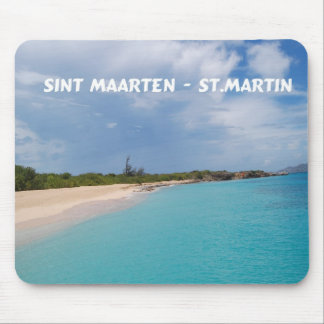 Sint Maarten -セントマーチンのビーチ場面 マウスパッド