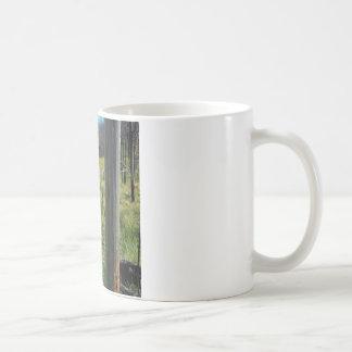 SIZEN HOGOの荒野の水たまり コーヒーマグカップ