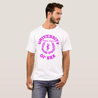 Skaキングストン、ジャマイカのの大学ピンク Tシャツ