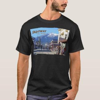 Skagwayの基本的な暗いTシャツ Tシャツ