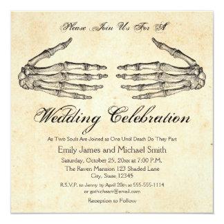 Skeleton Hands Gothic Wedding Invitation カード