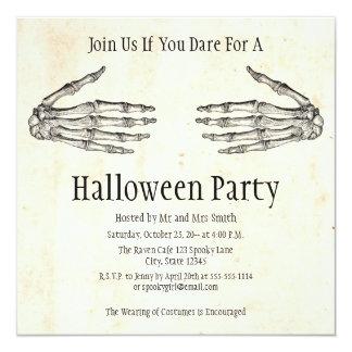 Skeleton Hands Halloween Invitation カード