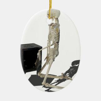 SkeletonClosingSafe032215 セラミックオーナメント