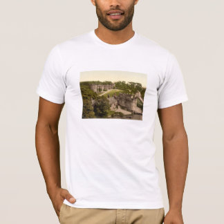 Skiptonの城、ヨークシャ、イギリス Tシャツ