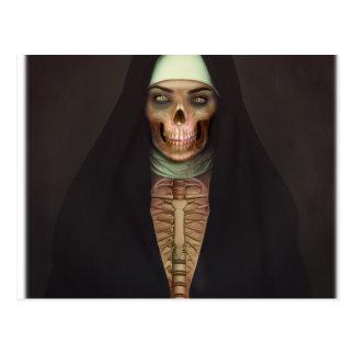 Skull Skeletonクリープの恐怖尼僧の女性 ポストカード