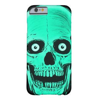 Skullyのスカルの恐怖海のスカルのカスタムのiPhone Barely There iPhone 6 ケース