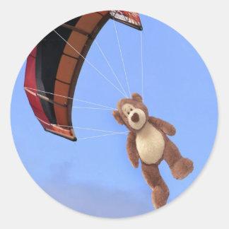 Skydivingのテディー・ベアのステッカー ラウンドシール