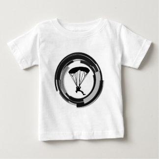 SKYDIVINGの王国 ベビーTシャツ