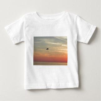 Skydiving ベビーTシャツ
