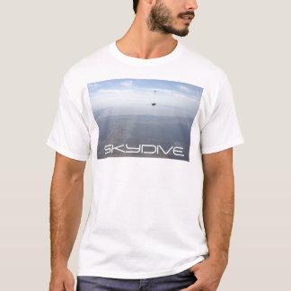 skydiving skydiveパラシュートの雲 tシャツ