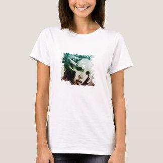 Skyscapeの吸血鬼 Tシャツ
