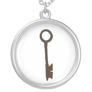 Slihouetteの合い鍵 シルバープレートネックレス