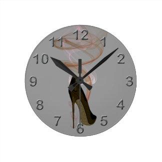 Smokinの小剣の靴の芸術 ラウンド壁時計