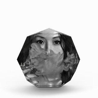 Smoking Hot Design Vapeの女性 表彰盾