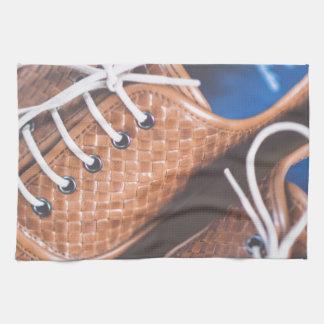 Snakeskin革ブラウンの靴 キッチンタオル