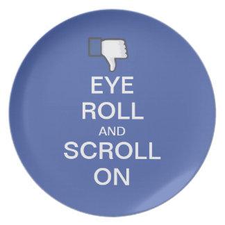 Snarky Facebookの目ロールそしてスクロール プレート
