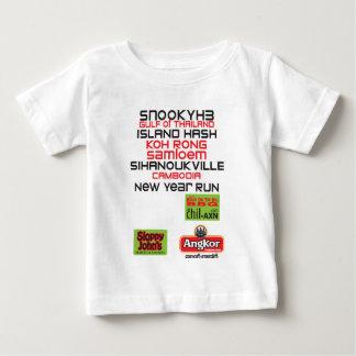 SNOOKYH3新年の背部 ベビーTシャツ