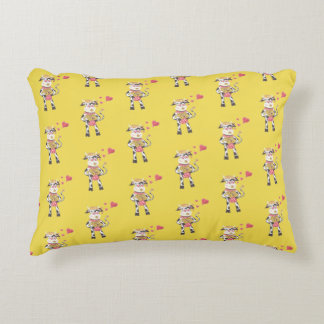 Snowbell in love yellow accent pillow アクセントクッション