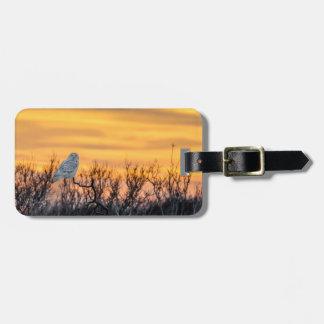 Snowyのフクロウの日没の荷物のラベル ラゲッジタグ