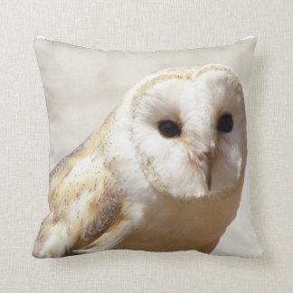 Snowyのメンフクロウの枕 クッション