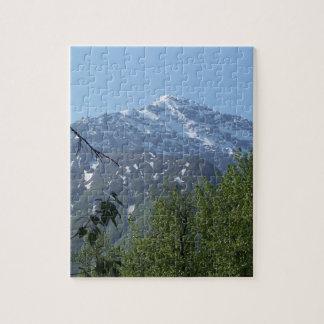 Snowyアラスカ山の写真のパズル ジグソーパズル