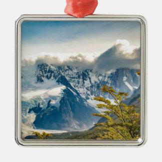 Snowyアンデス山、El Chaltenアルゼンチン メタルオーナメント