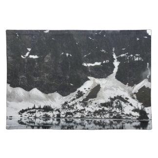 Snowy湖のTシャツ ランチョンマット