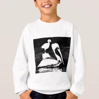 Snowy白鷺の黒く及び白いグラフィックを持つペリカン スウェットシャツ