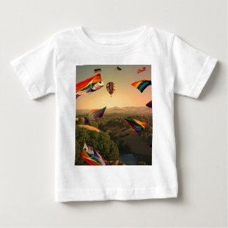 Sonomaの谷上の虹のプライド ベビーTシャツ