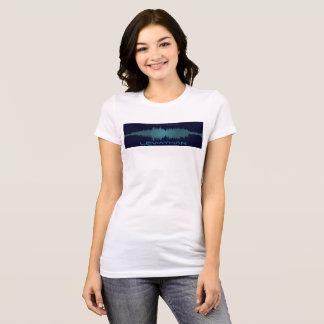 Soundwaveの巨大なティー(女性) Tシャツ