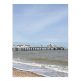 Southwoldのサフォークのビーチそして桟橋 ポストカード