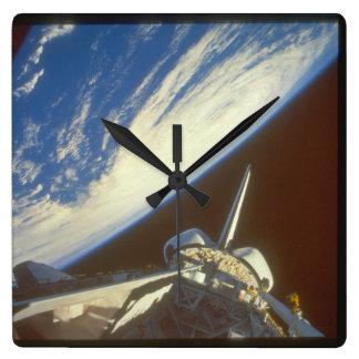 space_Spaceのシャトル スクエア壁時計