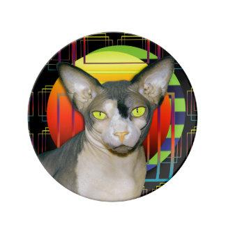 Sphynx猫の忍者幾何学的な熱狂するな猫のデザインの黒 磁器プレート