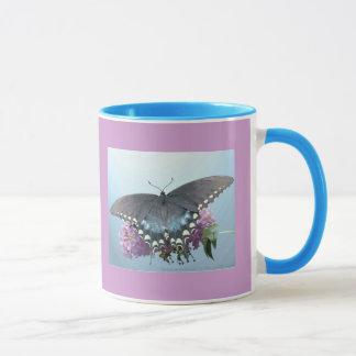 Spicebushのアゲハチョウの写真のマグ マグカップ