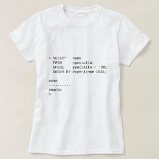 SQLのデータベースの専門家: アマンダ Tシャツ