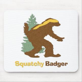 Squatchyのアナグマ マウスパッド