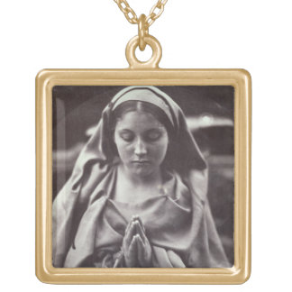 St.アグネス(卵白のプリント) ゴールドプレートネックレス