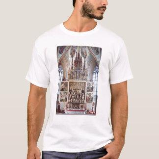 St.ウォルフガングの祭壇の背後の飾り1471-81年 Tシャツ