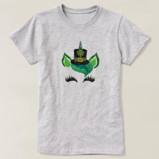 St.ハンバーグのグリッターの小妖精のユニコーンのワイシャツ Tシャツ