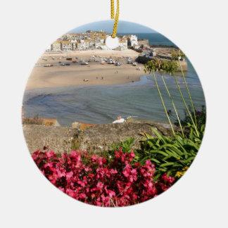 St Ives港のピンクの花 セラミックオーナメント