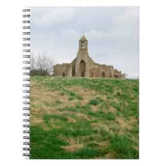 St Maryの教会神聖な島 ノートブック