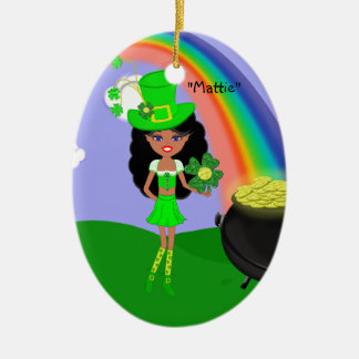 St Pat日の虹を持つブルネットの女の子の小妖精 セラミックオーナメント