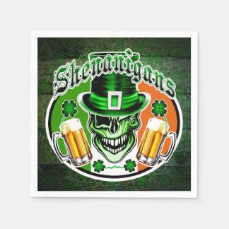 St. Patrick'd日の小妖精のスカル スタンダードカクテルナプキン