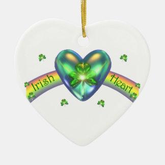 St. Patricks日のアイルランドのシャムロックのハート セラミックオーナメント